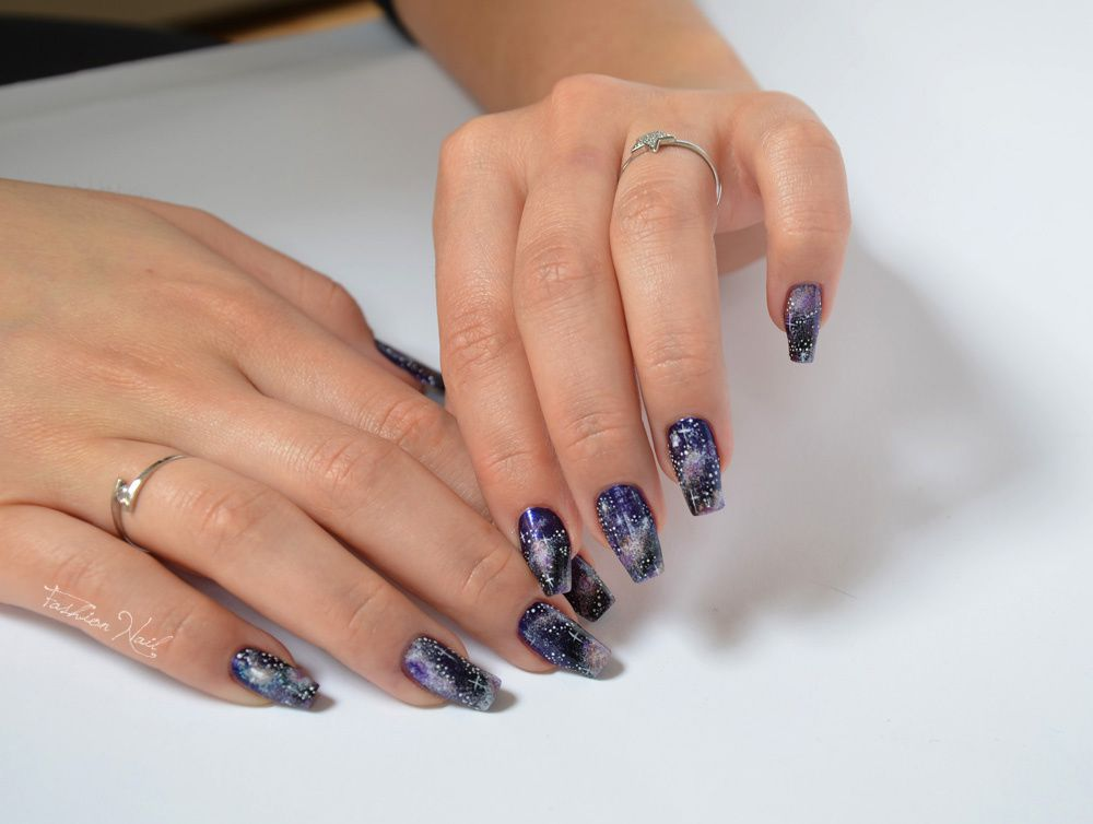 NailArt-Galaxy-1.jpg