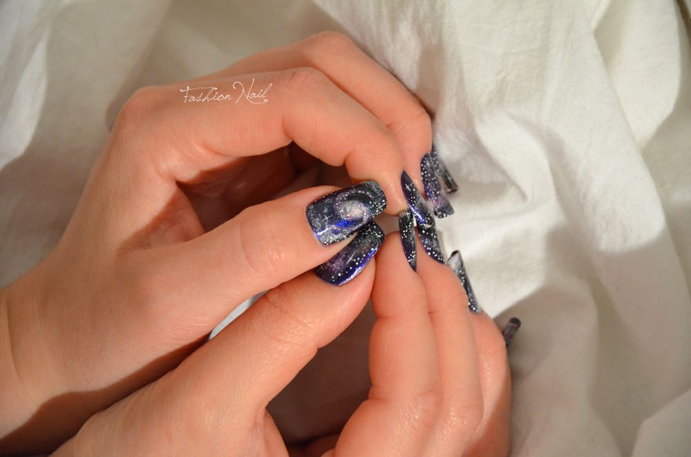 NailArt-Galaxy-12.jpg