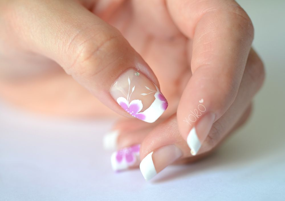 NailArt-OneStroke-French-7.jpg