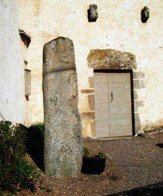 dolmenmontignyweb.jpg