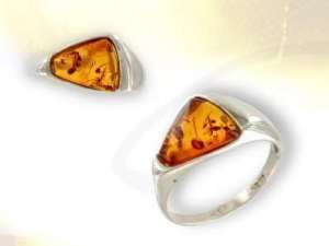 bague ambre triangle ba-ambre4