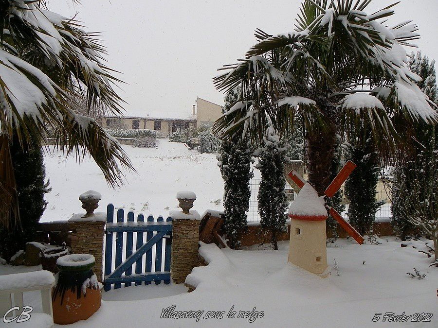 Villasavary-sous-la-neige-5-02-2012-copie-2.jpg