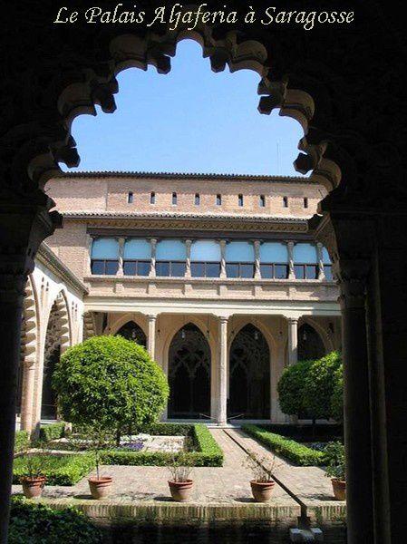 Palais-arabe-du-XI-siecle-a-Saragosse-BorderMaker---Copie.jpg