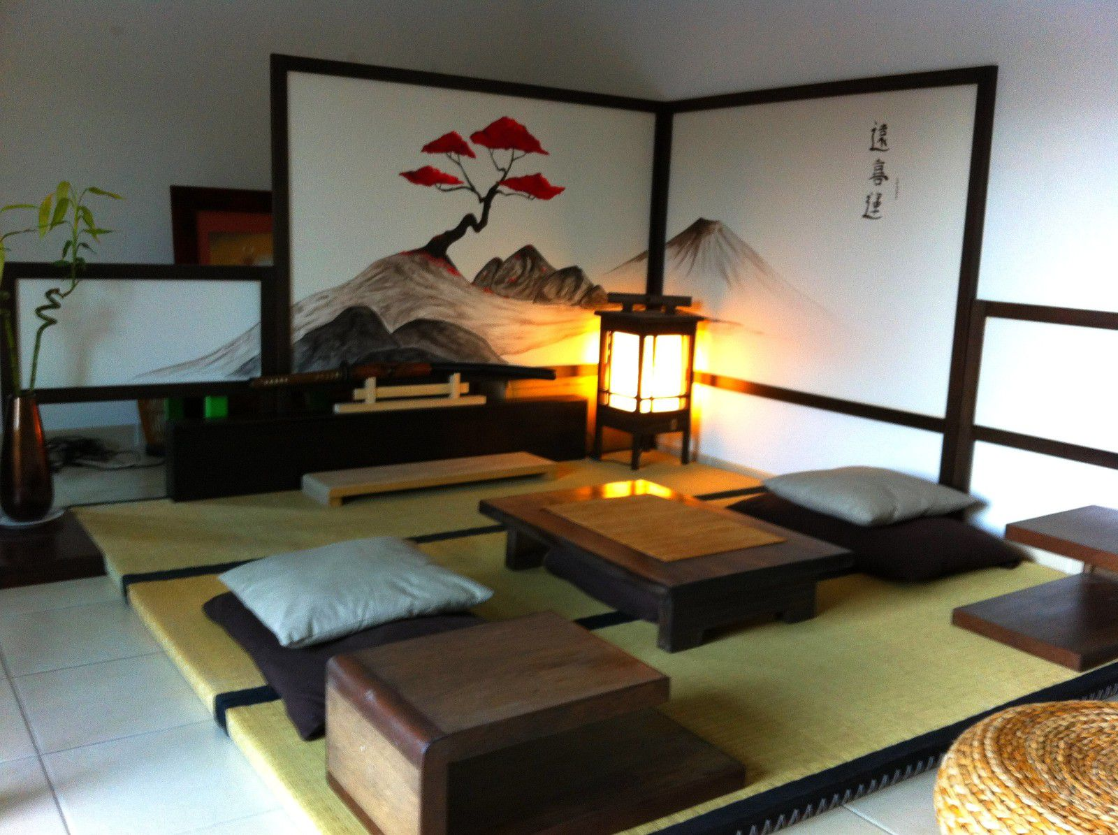 Deco chambre zen japonais fashion designs for Design japonais mobilier