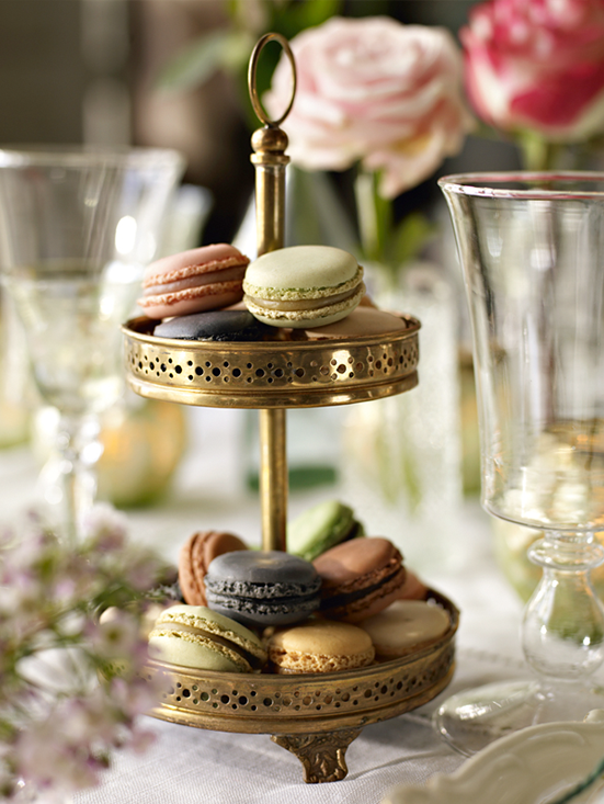 macarons-and-tabletop.png