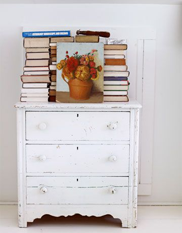 antique-dresser-white-0311-oneill09-de-copie-1.jpg