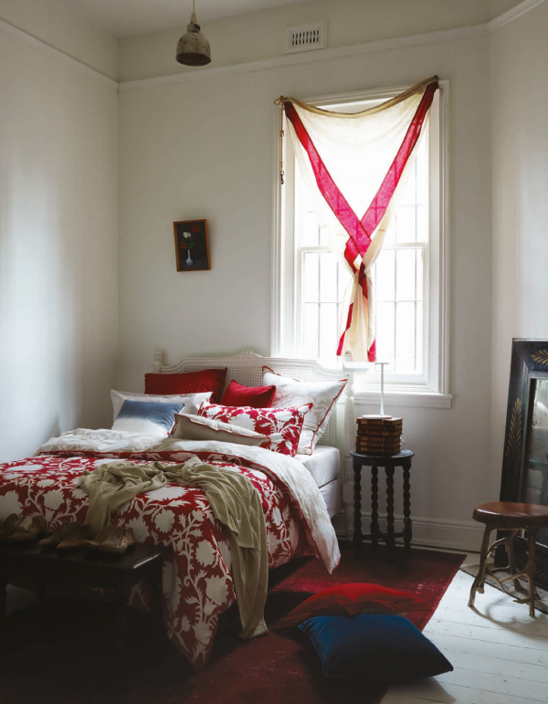 red-bed-linen.png