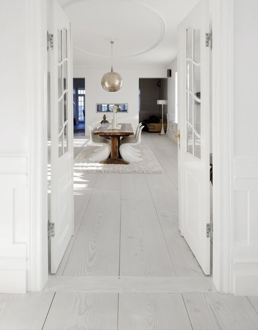 nordic-bliss-scandinavian-style-wood-floor-dinesen-white-gl.jpg
