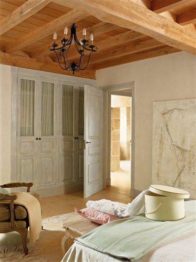 8bca27d98b23c1a9_contratoma_dormitorio_con_armario_389x519.jpg