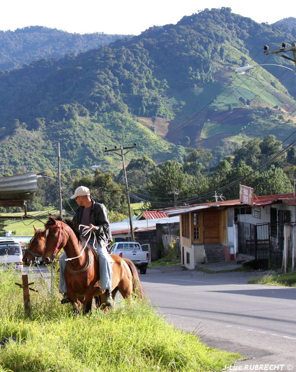 Photo-Cerro-Punta.jpg