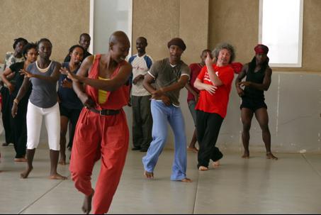 Danse à l'Ecole Toubab Dialaw