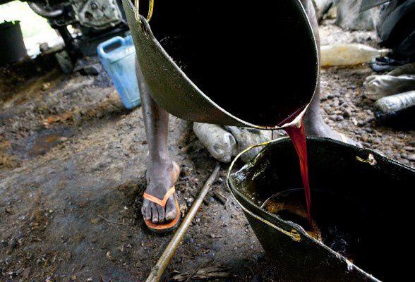 JJ-Stok-Cameroun-Palm-oil-IMG_0546-588x400.jpg