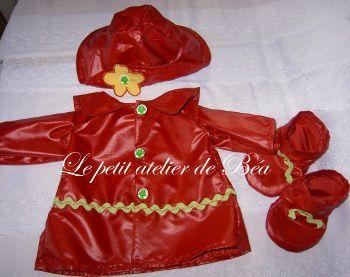 vêtement de pluie pour poupée