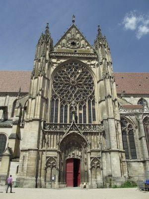 ap-Sens-_Cathedrale_Saint-Etienne-_1135-1534.jpg