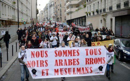 7767694757_manifestation-anti-racisme-le-7-decembre-a-paris.jpg