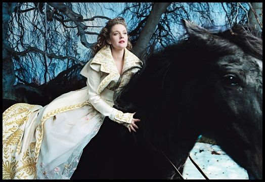 Annie-Leibovitz-Drew-Barrymore-The-Beauty-and-the-Beast.jpg
