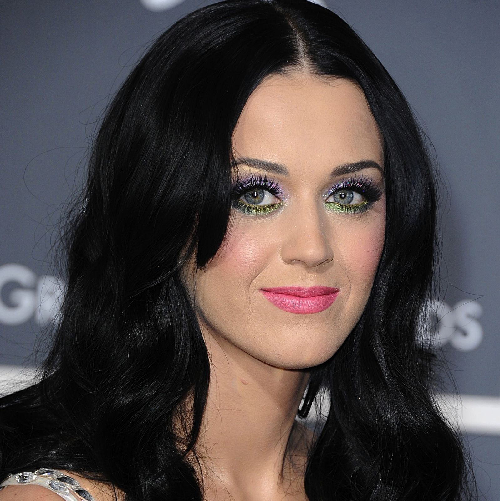 000_009_815_Katy_Perry_53rd_Annual_Grammy_Awards_13.02.2011.jpg