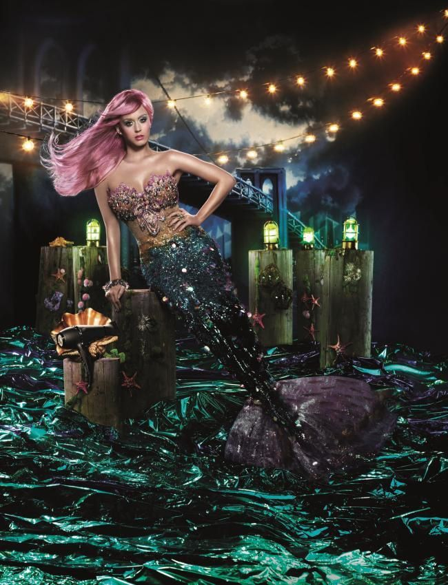 Katy_Perry_Mermaid_GHD_Air_Campaign.jpg