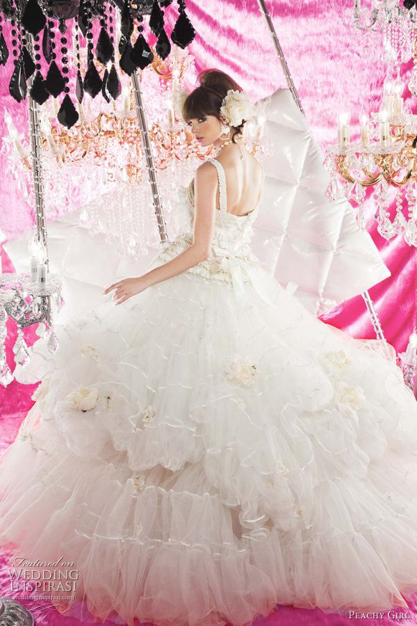 peachy-girl-wedding-dresses-2011.jpg