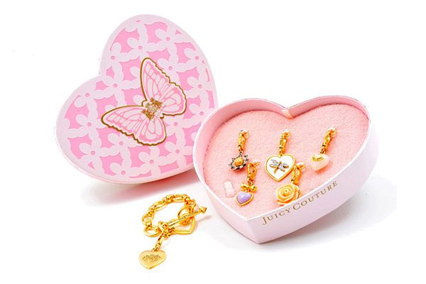 Juicy-Couture-Valentines-Day-Gift-Ideas-07012011-4444.jpg