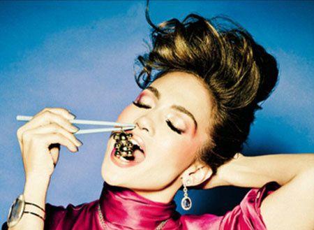 jennifer-lopez-tous-jewellery-campaign-5.jpg