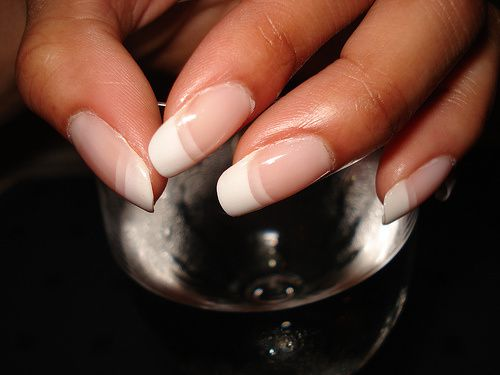 French-manicure1.jpg