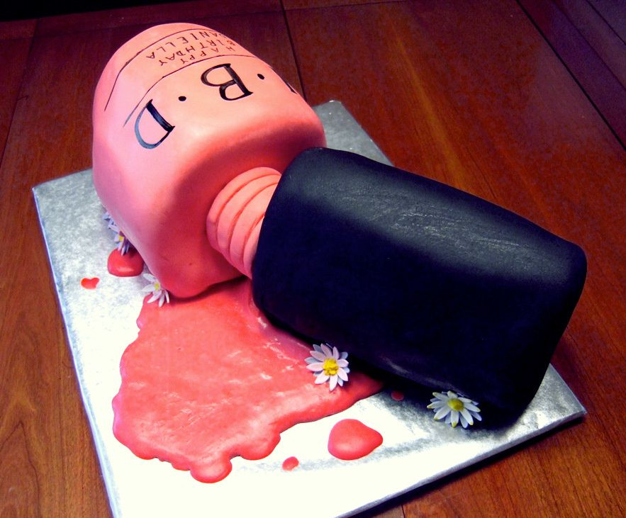 Nail-Polish-Bottle-cake-4-crop.jpg