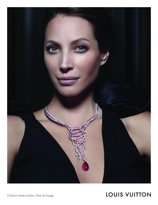 christy-turlington-louis-vuitton-jewelry-fall-2011-campaign.jpg