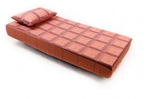 Chocolate-Bar-Bed-Toppings-2-610x406.jpg