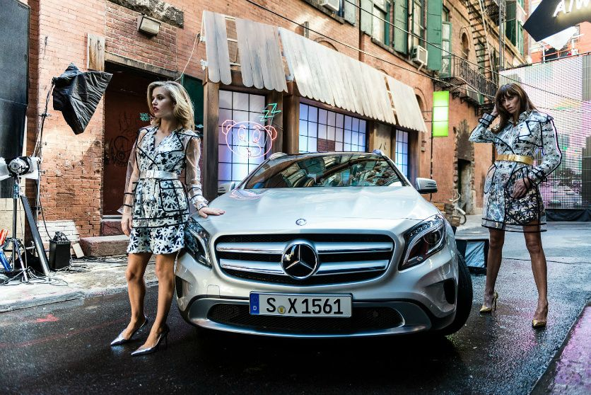 Georgia-May-Jagger-pour-Mercedes--3-.jpg