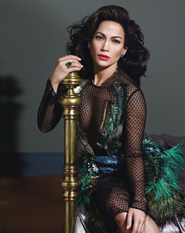 Jennifer-Lopez-pour-le-magazine-de-mode-W.--3-.jpg