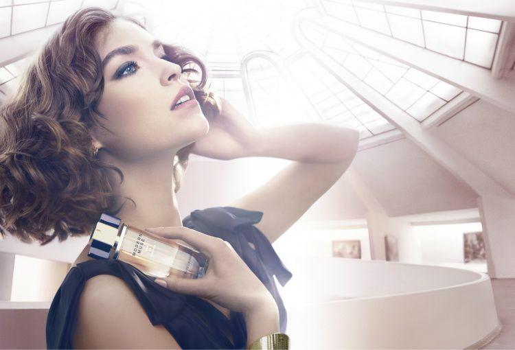 Le-nouveau-parfum-Modern-Muse-par-Estee-Lauder.jpg