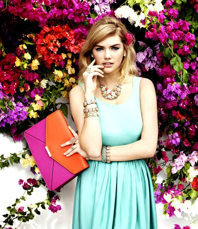 kate-upton-nouvelle-collection-ete-2013-accessorize--5-.jpg