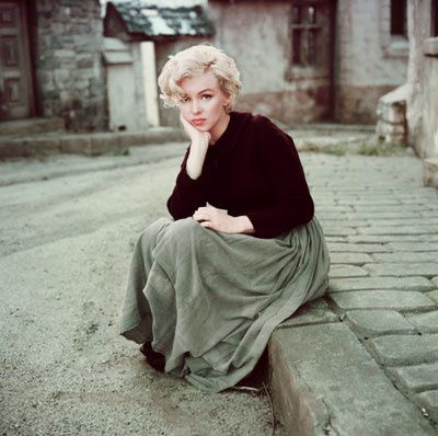 Marilyn-by-Milton-H.Greene.jpg