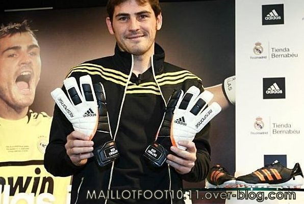 casillas-adidas-copie-2