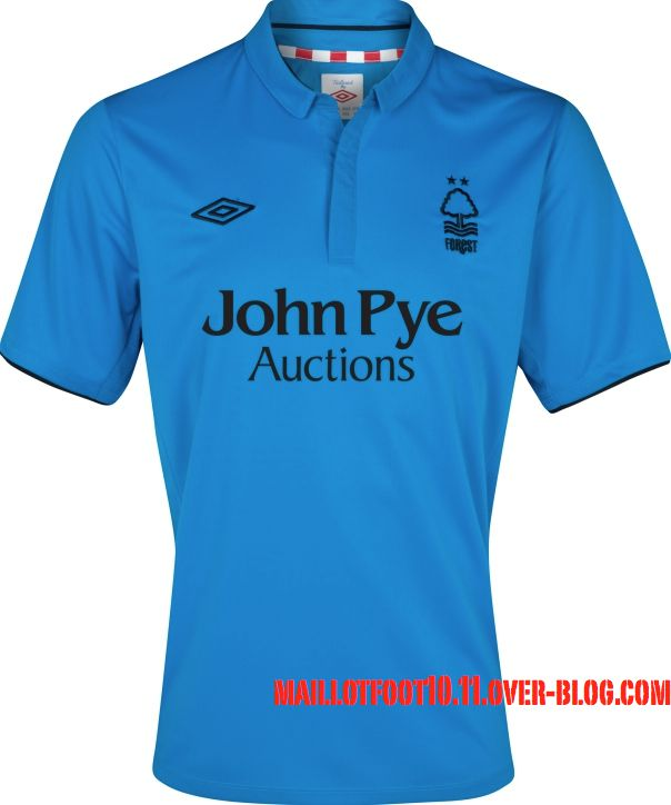 Nottingham-Forest-new-kits-2013.jpeg
