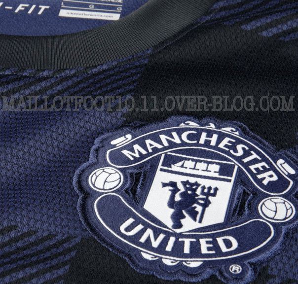 Manchester united maillot exterieur 2013 2014 www for Manchester united exterieur