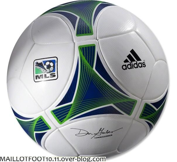 new-matchball-mls-2013.jpg