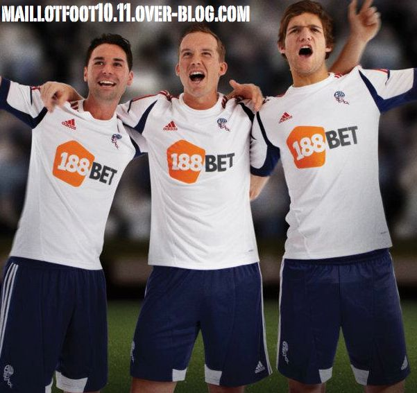 bolton-new-home-kit-adidas-2013-.jpg