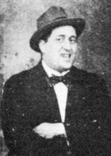 220px-Guillaume_Apollinaire_1914.jpg
