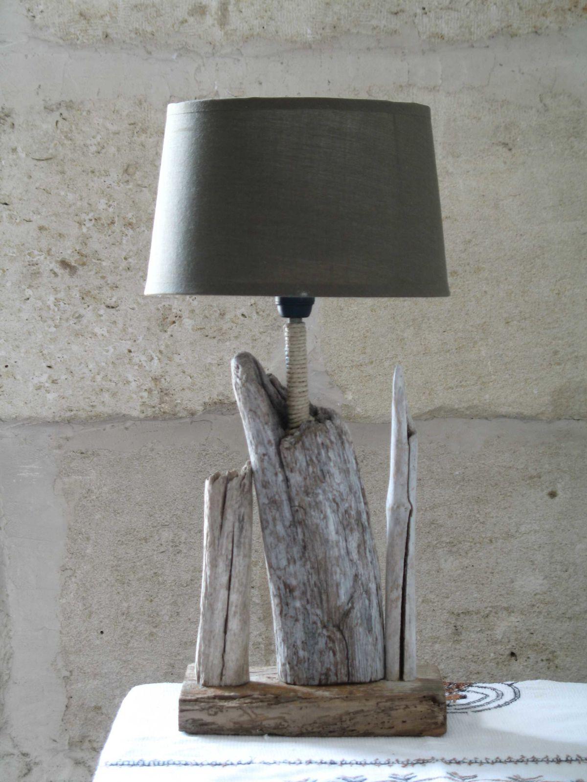 Album lampes en bois flotte le blog de l 39 atelier des for Fabrication de lampe en bois flotte
