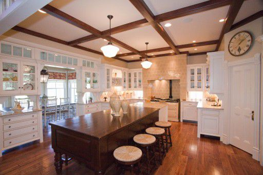 Dereks-Gothic-Revival-Kitchen-512x341