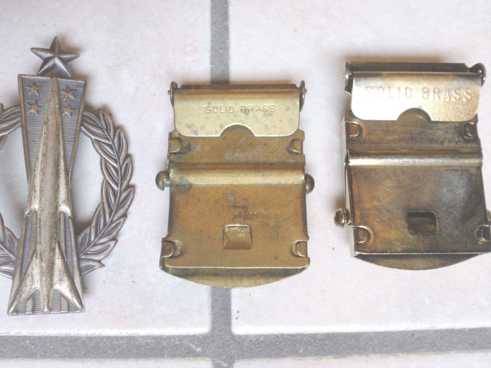 Promotion de ventes spécial chaussure variété de dessins et de couleurs Lot Effets Perso Soldat US WW2 : Dog Tags + Billets + Patch ...