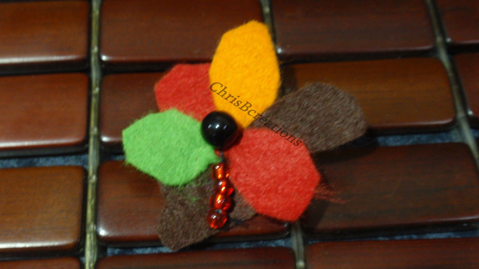 broches automne 15 12 2010 139