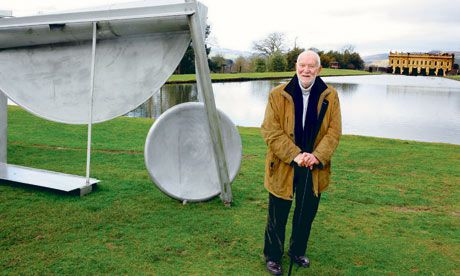 Anthony-Caro-in-the-groun-007.jpg