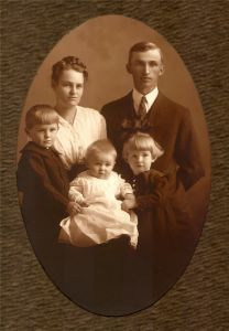 old_family_photo.jpg