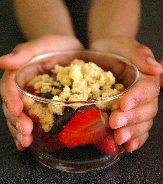 crumble_chocolat__aux_fraises__5_