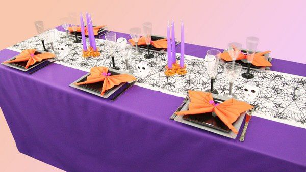 d coration de table halloween violet et orange d corations f tes. Black Bedroom Furniture Sets. Home Design Ideas