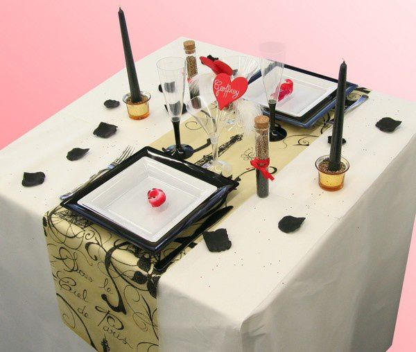 D coration de table saint valentin th me paris for Deco table st valentin
