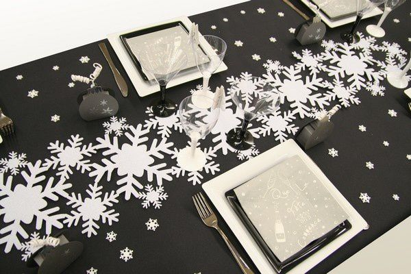 D coration de table no l flocons de neige d corations f tes - Chemin de table noir et blanc ...